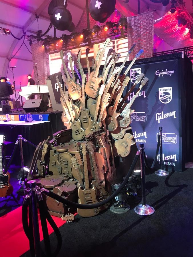 Gibson_Throne